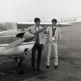 Flight Technicians at Buttonville Airport